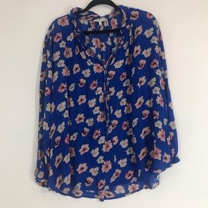 Lucky Brand Slit Long Sleeved Blue Floral Blouse